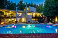 Maple Ridge Vacation Rentals – BC House and Condo Accommodations - Luxury West Coast Contemporary View Residence in the Countryside Vancouver Vacation, Fraser River, Live In Style, Natural Scenery, Romantic Vacations, Countryside, Luxury Homes, Condo, Sea Level