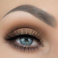 Eva #EyeMakeupProm