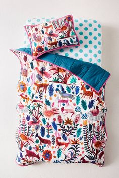 Keep your baby safe and warm with toddler and crib bedding from Anthropologie. Browse our quilts and bedding sets for the perfect pop of fun. Kids Bedroom Furniture, Furniture Ads, Repurposed Furniture, Furniture Removal, Furniture Design, Furniture Stores, Bedroom Ideas, Bedroom Stuff, Reclaimed Furniture