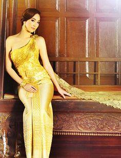 Thai beautiful dress