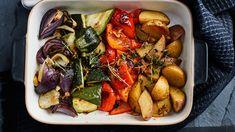 Mushroom Meatballs, Finnish Recipes, Quinoa Chili, Broccoli Stir Fry, Tex Mex, Pot Roast, Food And Drink, Veggies, Healthy Recipes