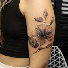 Hibiscus Tattoo on shoulder Trendy Tattoos, All Tattoos, Flower Tattoos, Tattoos For Women, Tatoos, Tatto Design, Hibiscus Flowers, Shoulder Tattoo, Amazing Flowers