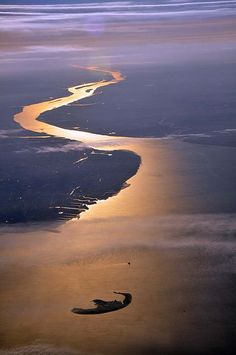 The mouth of the Elbe with the island Trischen in the North Sea. (Europe/Germany/Cuxhaven)