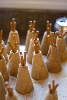 These are a few of my favorite things: Thanksgiving Teepee Cupcakes, revisited