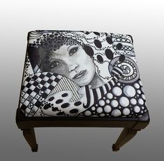 Black and white stool -Alice Stroppel