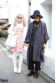 Two stylish 19-year-old students – Ponkoto and Kicchan – on the street in Harajuku. (Tokyo Fashion, 2014)