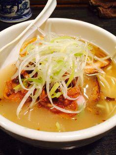 鶏白湯 焼豚塩そば  Chiken soup solt noodle with roast pork