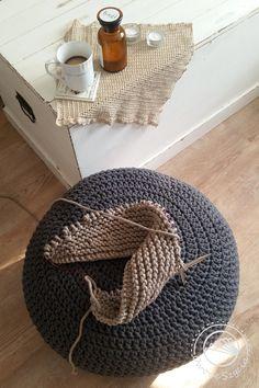 crochet pouf,  knitted pouf, interior, szydełko, druty,  #hygge #owoceszycia