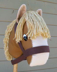 Stick Horse Nutmeg by RusticHorseShoe