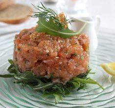 Tatar z łososia Salmon Burgers, Fish, Ethnic Recipes, Party, Pisces, Parties
