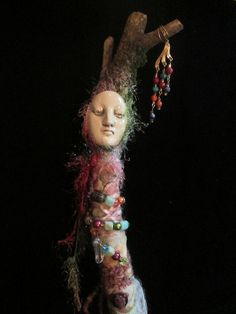 Remarkable Face Made by Artist Diane Brieglieb at Cindy's Crafts. Doll Created by BrigitsBeauties on Etsy. Spirit Tattoo, Spirited Art, Sculpture, Art Dolls, Dolls Dolls, Mixed Media Art, Wands, Fiber Art, Photo Book