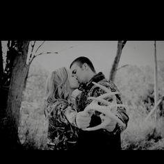 Cute engagement photo--perfect hunting season!