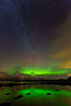 The Milky Way & Aurora