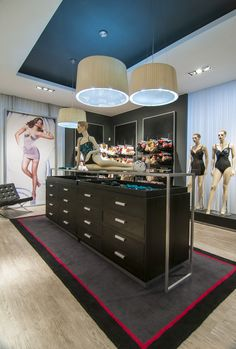 Maidenform Flagship Lingerie Store by Droguett A&A, (Chile) <3<3<3<3<3