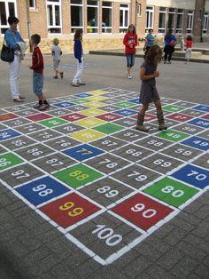 speelplaats - Google zoeken Playground Games, Outdoor School, Early Childhood Education, Outdoor Play, Teaching Math, Beach Mat, Outdoor Blanket, Ideas Geniales, Montessori