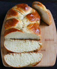 Challah Bread is a soft and super delicious braided, Jewish bread prepared using egg, flour, butter and sugar.One of the best bread that I baked.