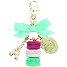 Ladurée Macarons Keyring - Pistachio (215 BRL) ❤ liked on Polyvore featuring accessories, jewelry, keyring and green