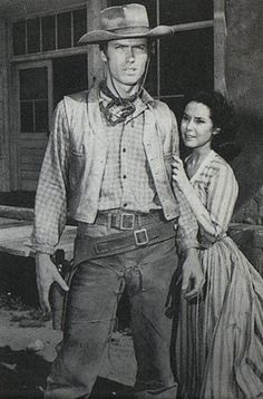 Clint Eastwood Rowdy Yates of Rawhide Actor Clint Eastwood, Client Eastwood, Francesca Eastwood, Friday Movie, Tv Westerns, Western Movies, Le Far West, Star Wars, St Francis