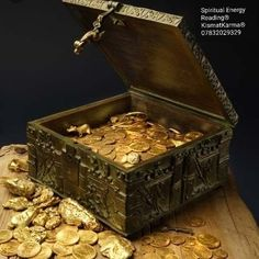 """The Forrest Fenn Treasure has earned its own day in Santa Fe New Mexico. """"Thrill of the Chase Day"""" to honor Fenn who offers a great treasure to share. Buried Treasure, Treasure Chest, Treasure Hunting, Pirate Treasure, Treasure Maps, Indiana Jones, Forrest Fenn Treasure, Rare Gold Coins, Gold Money"""