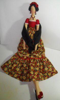 BONECA DE PANO TILDA- FRIDA KAHLO | Ideias e Panos Country Dolls | Elo7