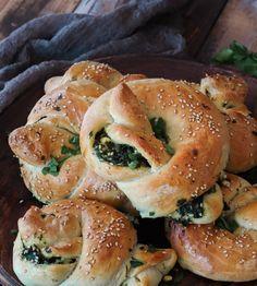Brunch, Bagel, Veggies, Bread, Connect, Bread Baking, Finger Food, Vegetable Recipes, Vegetables