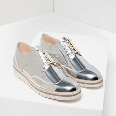 Metallic Flat Shoes                                                                                                                                                                                 Mais
