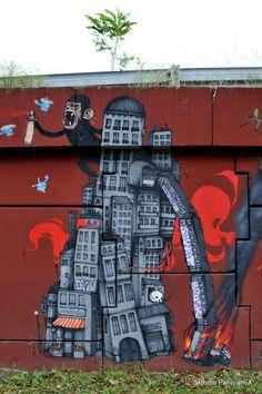 Dran - street art modern king kong  www.facebook.com/loveswish