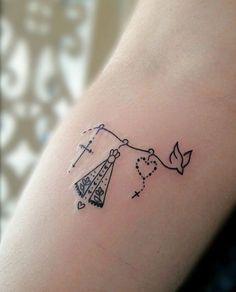 bow tattoos on back of thighs Mini Tattoos, Trendy Tattoos, Love Tattoos, Unique Tattoos, New Tattoos, Body Art Tattoos, Tatoos, Mommy Tattoos, Family Tattoos