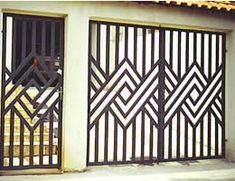 New Metal Door Grill Irons Ideas Grill Gate Design, Steel Gate Design, Iron Gate Design, Window Grill Design, House Gate Design, Railing Design, Metal Gates, Wrought Iron Doors, Door Grill