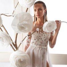 #julievino #eliavatine #vakkowedding #bridal Bridal, Mirror, Home Decor, Decoration Home, Mirrors, Brides, Bride, Interior Design, Wedding Dress