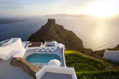 The Villa at Grace Santorini.