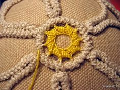 MACRAME 'ROMANIAN - POINT LACE: COROLLA (step-by-step photos)