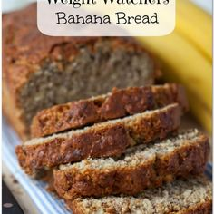 Weight Watchers Recipes Discover Weight Watchers Banana Bread Recipe - 4 points per serving! Looking for something to satisfy your sweet tooth but still stay on track? I highly recommend this Weight Watchers Banana Bread Recipe! Weight Watchers Snacks, Petit Déjeuner Weight Watcher, Weight Watcher Banana Bread, Plats Weight Watchers, Weight Watchers Breakfast, Weight Watchers Muffins, Best Banana Bread, Banana Bread Recipes, Low Fat Banana Bread