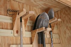 Genius idea for storing yard tools like shovels and rakes without having to buy . - Genius idea for storing yard tools like shovels and rakes without having to buy one of those cheap - Diy Garage Storage, Garden Tool Storage, Shed Storage, Storage Ideas, Lumber Storage, Storage Rack, Storage Solutions, Storage Units, Yard Tools