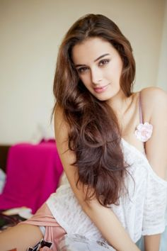 Evelyn Sharma #Style #Bollywood #Fashion #Beauty