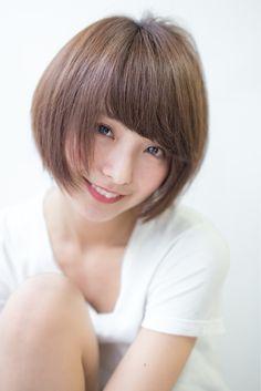 Asian Hair, Girl Hairstyles, Gorgeous Hairstyles, Girl Short Hair, Bob, Short Hair Styles, Lady, Pretty, Cute