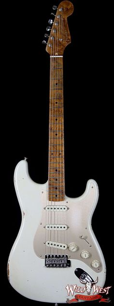 2017 NAMM Fender Custom Shop 30th Anniversary LTD 1956 Roasted Stratocaster Relic Aged Olympic WhiteModel: Fender Custom Shop 1956 Stratocaster RoastedBuilder: Fender Custom ShopYear: 2017Body Type: SolidBody Wood: Sort For Lightweight Roasted AlderFinish Type: Nitrocellulose LacquerFinish Color:...