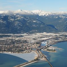 Such a rad picture of downtown Sandpoint and the Schweitzer Mountain i#SP #7B #ID