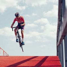 """Practice Day"" CX Mathieu Van der Poel credit @cyclingimages / russellisphotography"