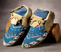 Sioux Beaded Moccasins - High Noon Western Americana
