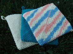 Thick crocheted potholder