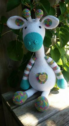 Amazing and very Cute Crochet Amigurumi Ideas for 2019 – Page 15 of 32 – BuzzTMZ Crochet Diy, Crochet Amigurumi, Crochet Gifts, Amigurumi Patterns, Crochet Dolls, Crochet Animal Patterns, Stuffed Animal Patterns, Yarn Projects, Crochet Projects