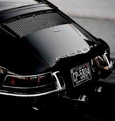 Classic Car News – Classic Car News Pics And Videos From Around The World Porsche 911 Classic, Porsche 911 Targa, Vintage Porsche, Vintage Cars, Antique Cars, Auto Motor Sport, Sport Cars, Automotive Photography, Car Photography
