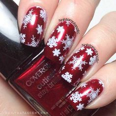 Worldwide Nail Artist Tuesday: Nail Stamping It's Christmas Eve – how did that occur? I couldn't let Tuesday go by with out one other version of Worldwide Nail Artist Tuesday. Snowflake Nails, Snowflakes, White Snowflake, Fingernails Painted, Owl Nails, Christmas Nail Art, Christmas Fashion, Holiday Nails, Christmas Eve
