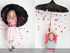 Valentines Day Photosession Umbrella Hearts Garland Rein Inturage
