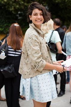 Love her- and her hair!    http://images.thesartorialist.com/thumbnails/2012/09/92312Eva0346Web1.jpg