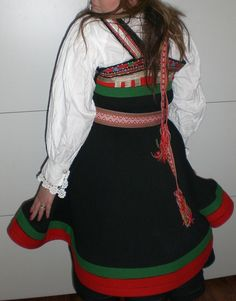 Folk Costume, Costumes, Going Out Of Business, Norway, Cheer Skirts, Arts And Crafts, Fashion, Moda, Dress Up Clothes