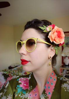 Single English Garden Rose Hairflower by SassafrasFox on Etsy
