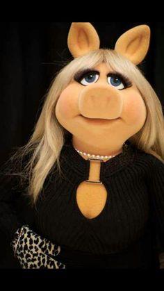 Classy Diva http://www.pinterest.com/indigofaire/~-j-u-x-t-a-p-o-s-i-t-i-o-n-~/