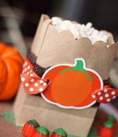 Amanda's Parties TO GO: popcorn bags at pumpkin party